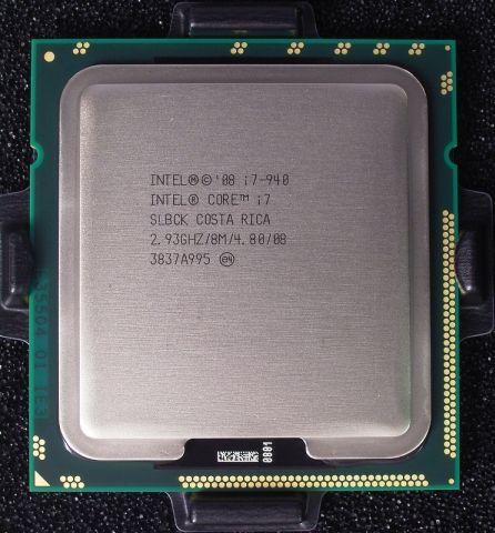Sicht auf einen (verschlossenen) Intel-Prozessor